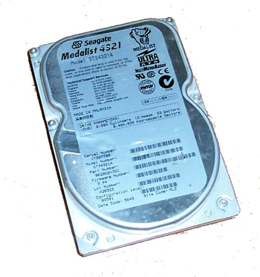 "Seagate 9K2003-002 ST34321A Medalist 4321 4.3GB 5400RPM IDE 3.5"" Hard Disk Drive"