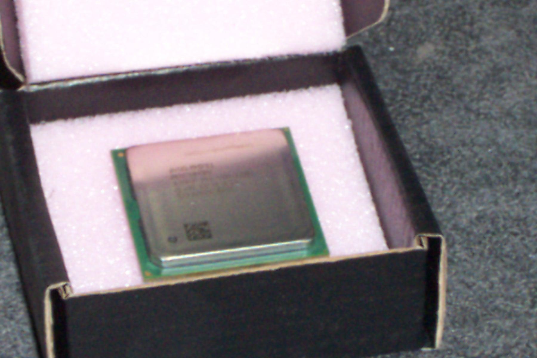 Intel SL6BD Pentium 4 1.7GHz Socket 478 Processor