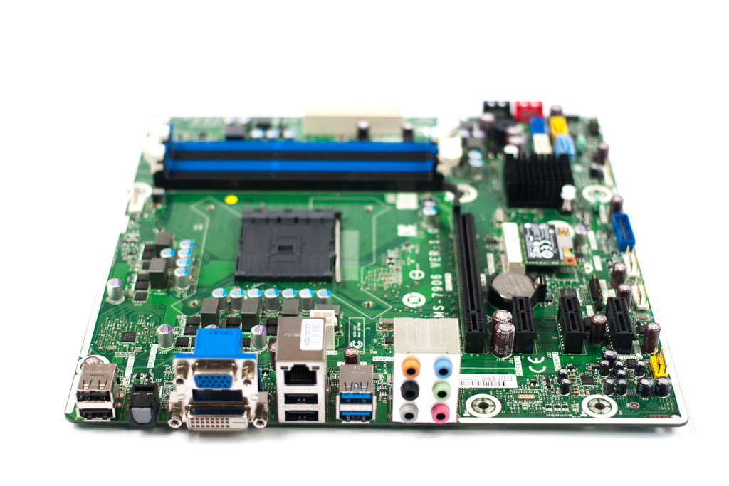 747512-001 HP AMD Socket:FM2b Desktop Motherboard - MS-7906 Ver:1.0