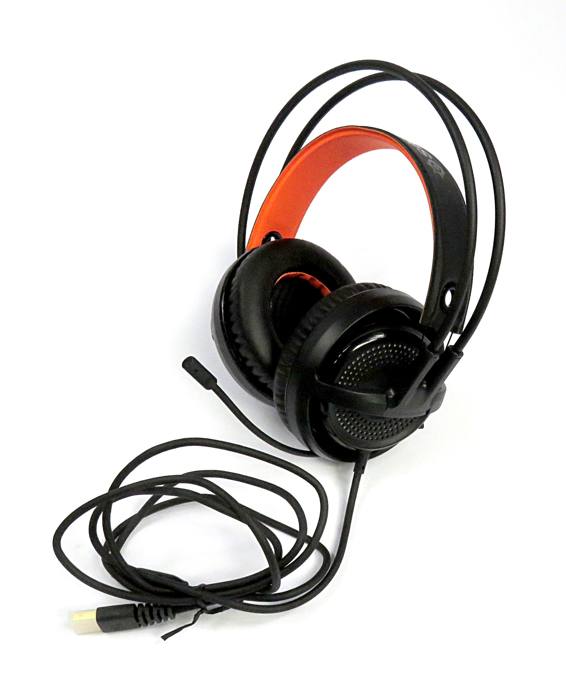 2c08d6f8b27 Steelseries Siberia 350 Wired USB Gaming Headset 51202 w/ RGB Lighting,  Black