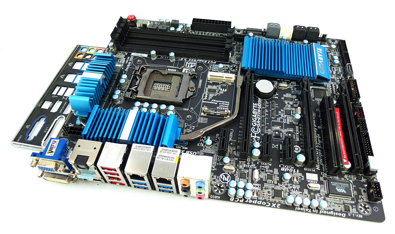 Gigabyte GA-Z77X-UD5H USB3.0 LGA1155 Intel Z77 ATX Motherboard