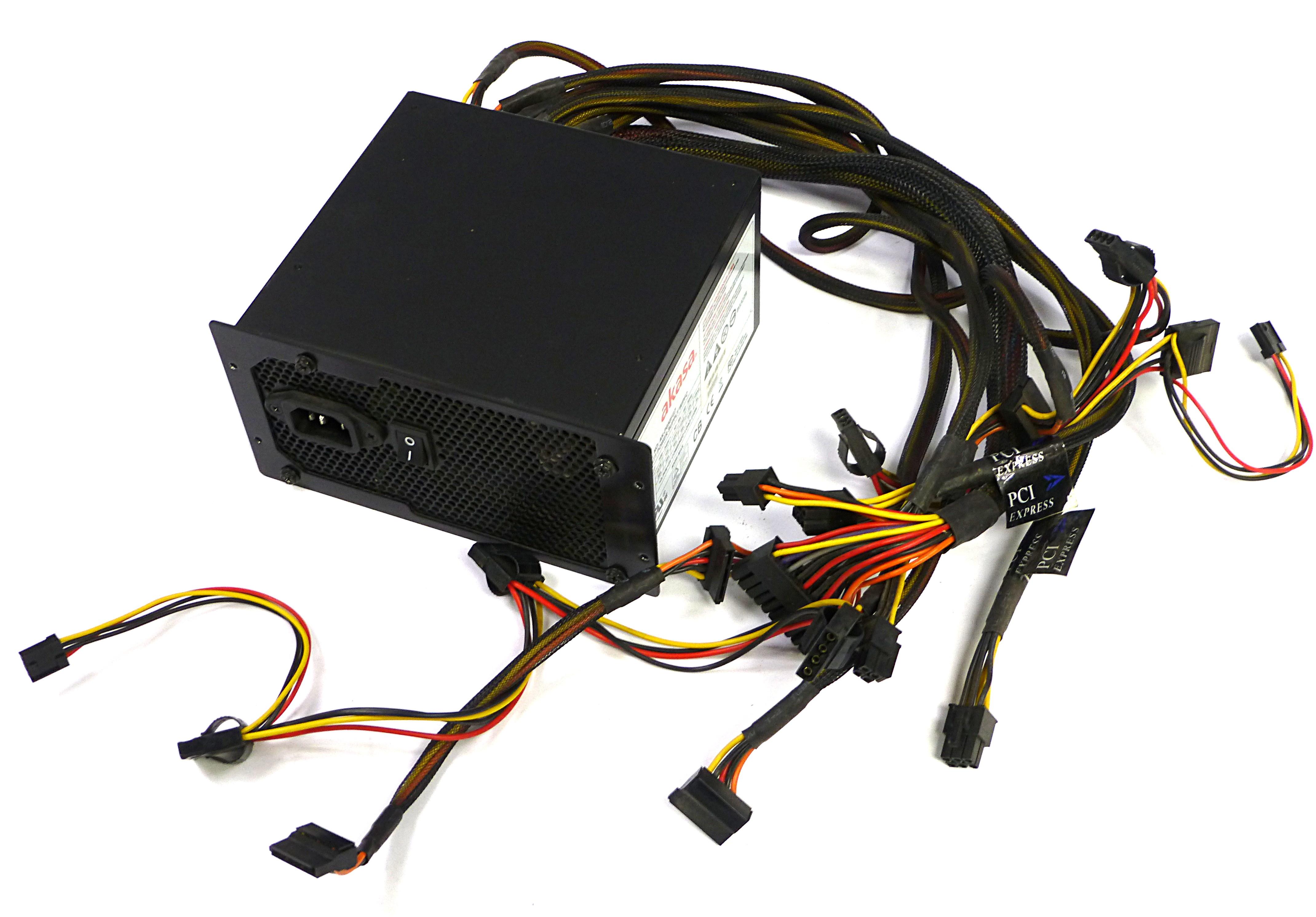 Akasa AK-P050FG8 500W 20/24-Pin Power Supply