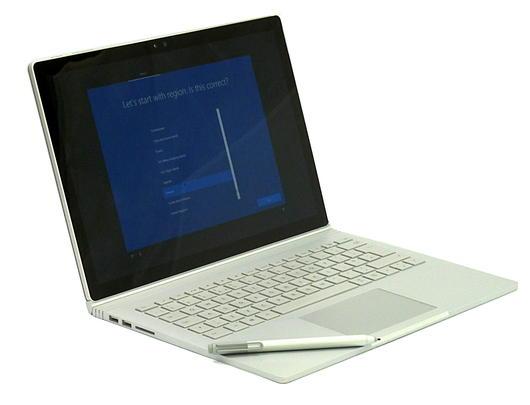 Microsoft Surface Book / i5-6300U / 8GB RAM / 256GB SSD/Nvidia /With Pen/1703