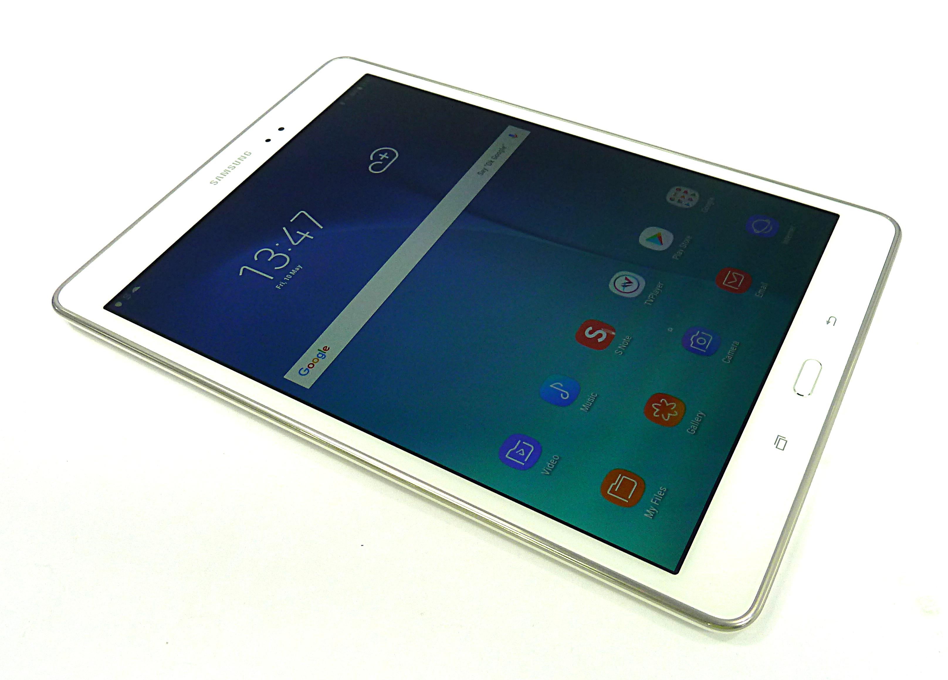 Samsung Galaxy Tab A / SM-P550 / 16GB / Sandy White / Grade B