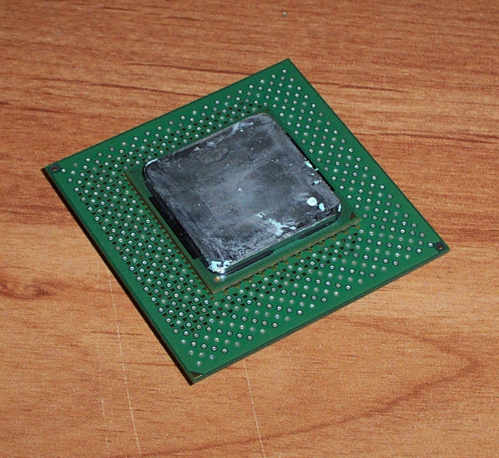 Intel SL5SY Pentium 4 1.7GHz 400MHz 256KB Socket 423 Processor
