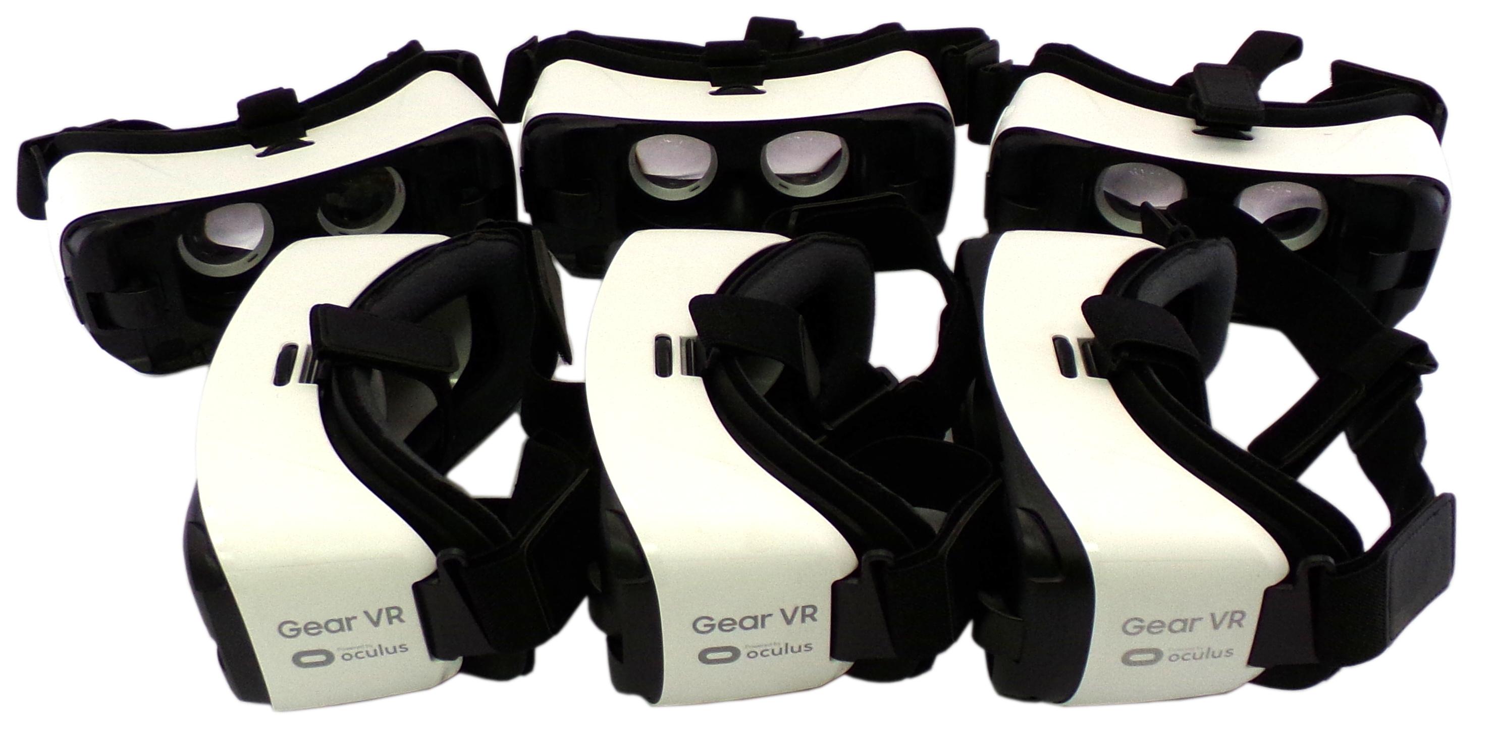 6x SM-R322 Samsung Gear VR Virtual Reality Headset Micro USB - Frost White