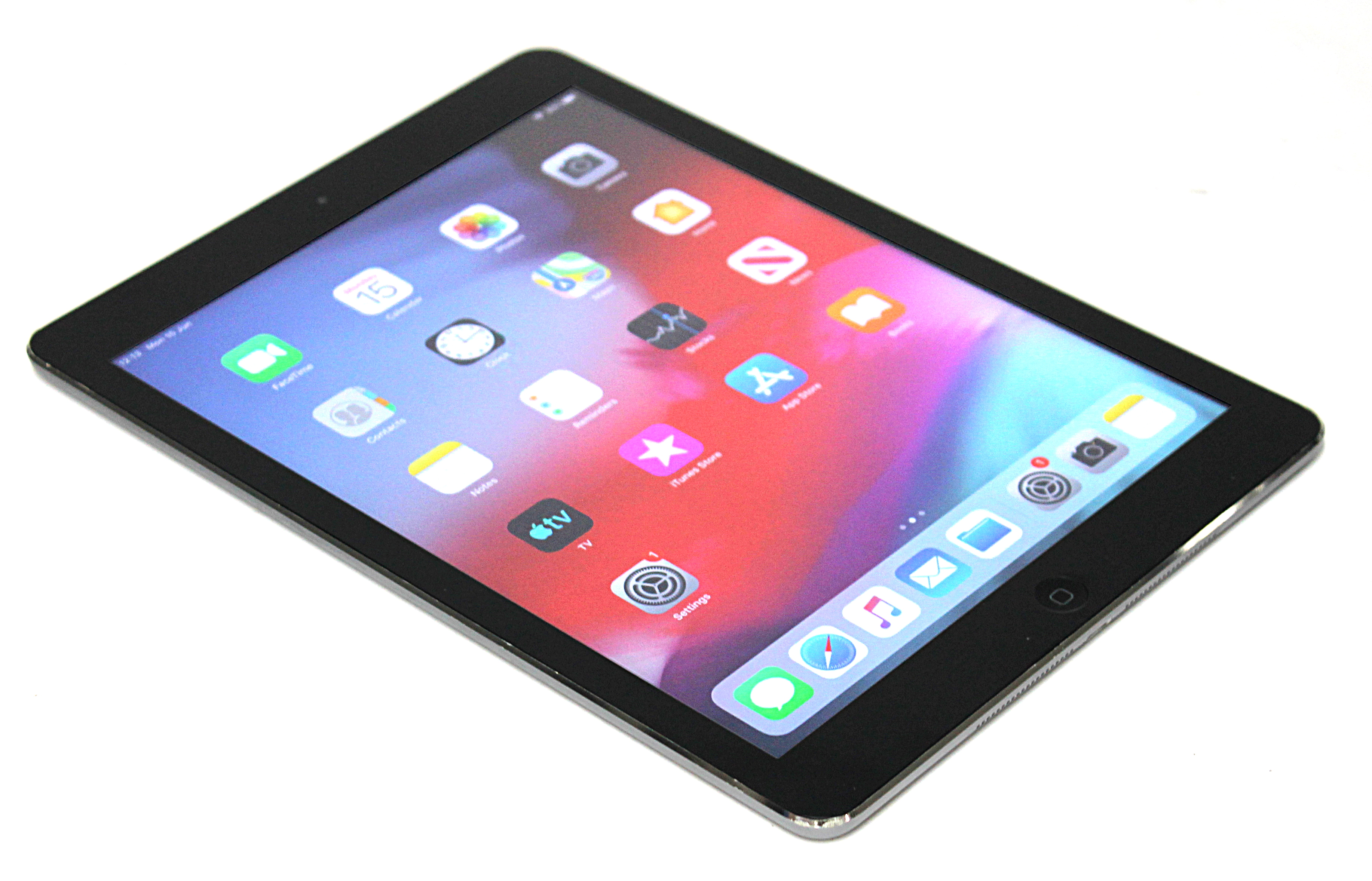 Apple iPad Air 1st Gen. A1474 - 32GB WiFi Space Grey Refurbished