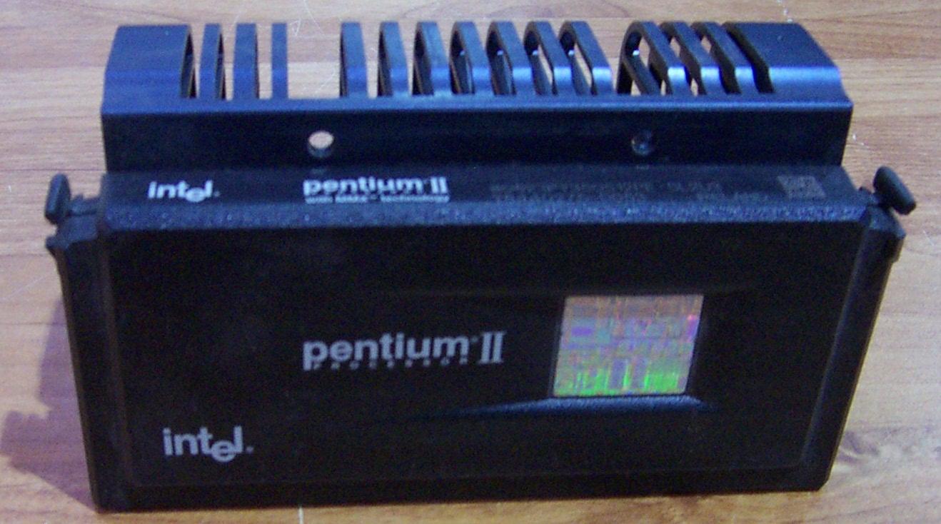 Intel SL2U3 Pentium 2 350MHz Slot 1 Processor with Dell 85537 Heatsink
