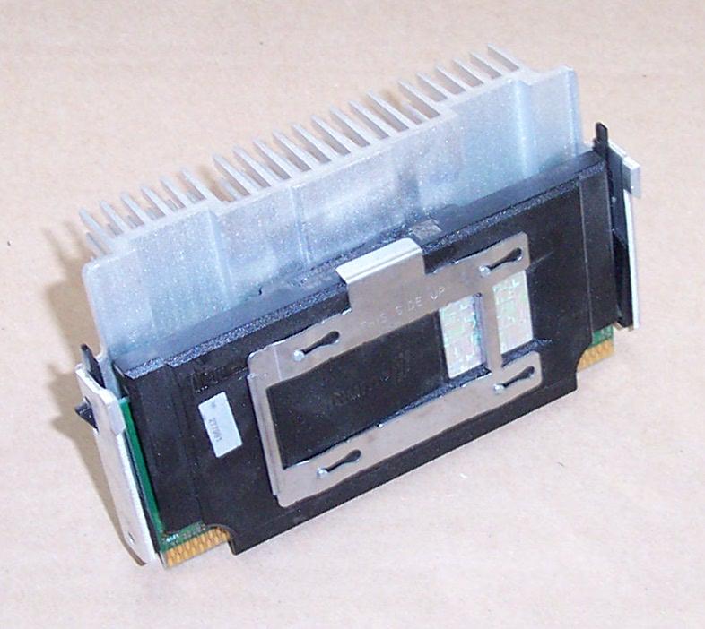 Intel SL3F7 P3 550MHz CPU Slot 1 & Compaq 135638-002 Heatsink
