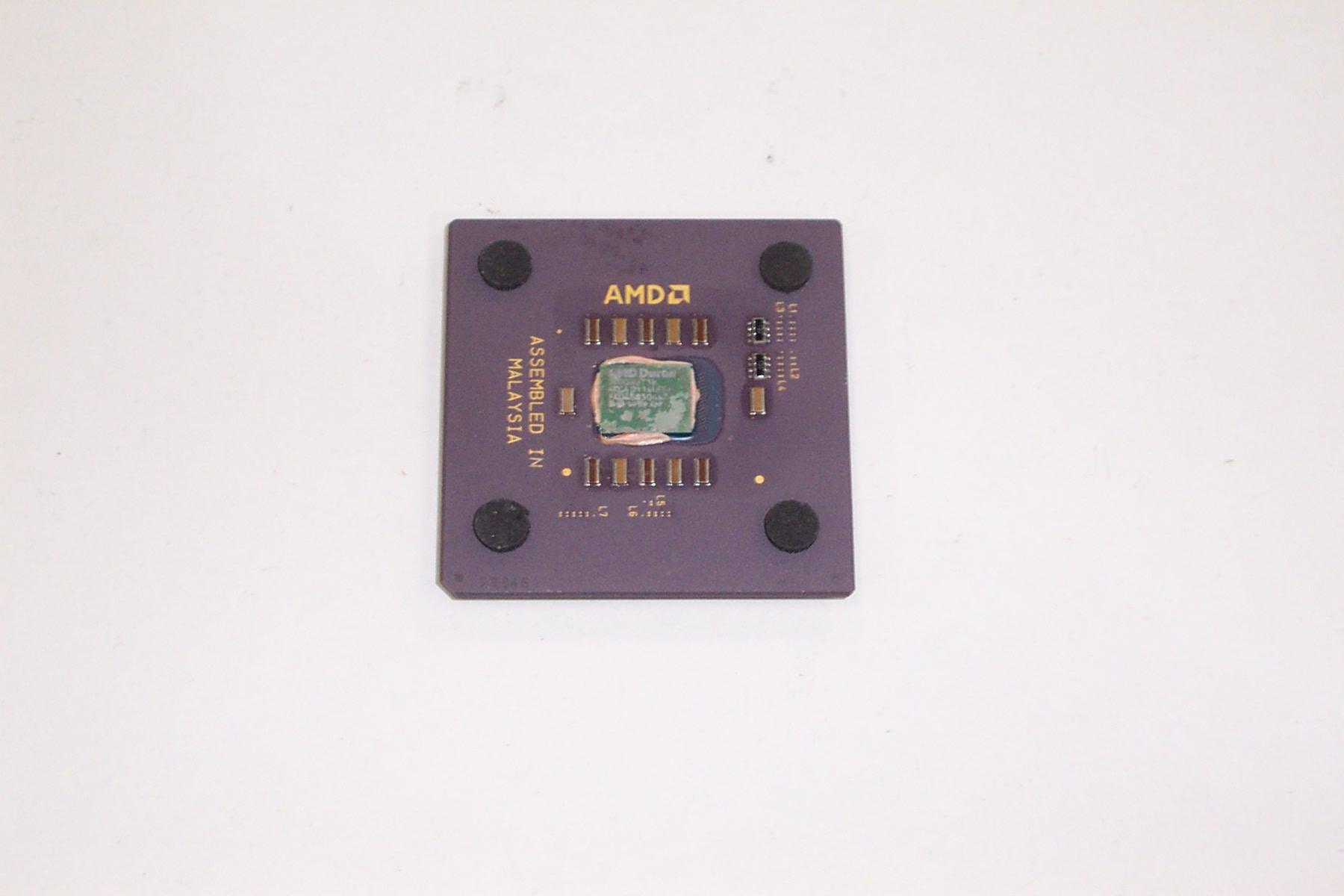 AMD D900AUT1B Duron 900MHz Socket A (462) CPU