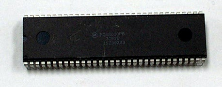 Motorola MC68000P8 64-Pin 8MHz CPU