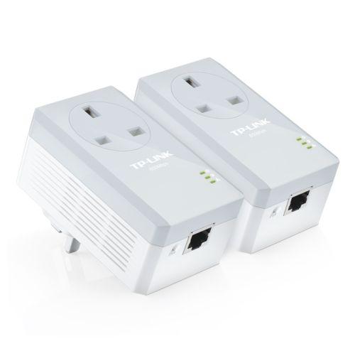 TP-LINK (TL-PA4010P KIT V4) AV600 10/100 Powerline Adapter Kit, 1-Port, AC Pass Through