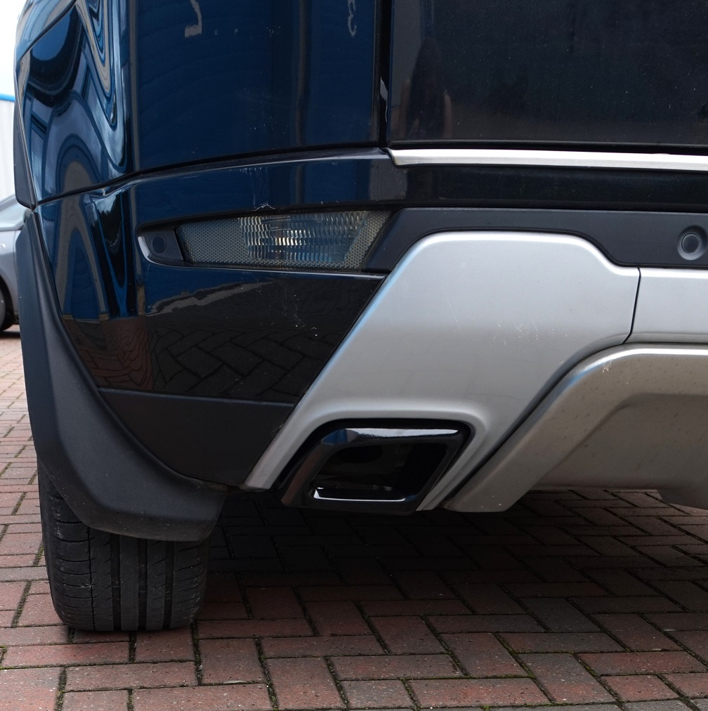 black exhaust tailpipe tips for range rover evoque dynamic. Black Bedroom Furniture Sets. Home Design Ideas