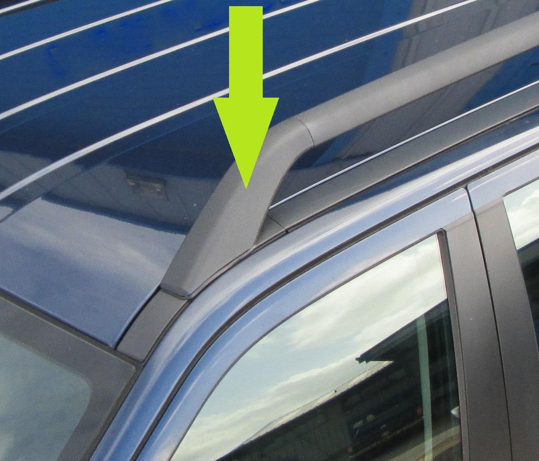 Genuine Land Rover roof rack plastic cover Freelander 2 bar foot feet rear LH