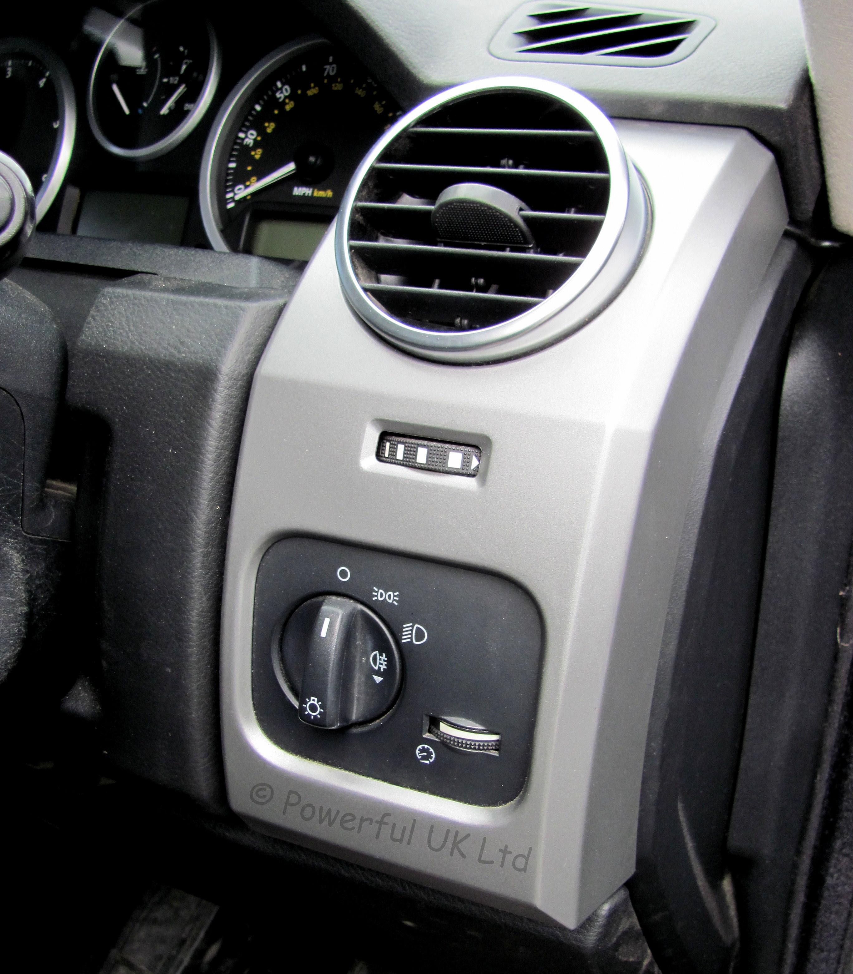 2002 Land Rover Range Rover Interior: Land Rover Discovery 3 Dash End Cap Panel Vent Interior