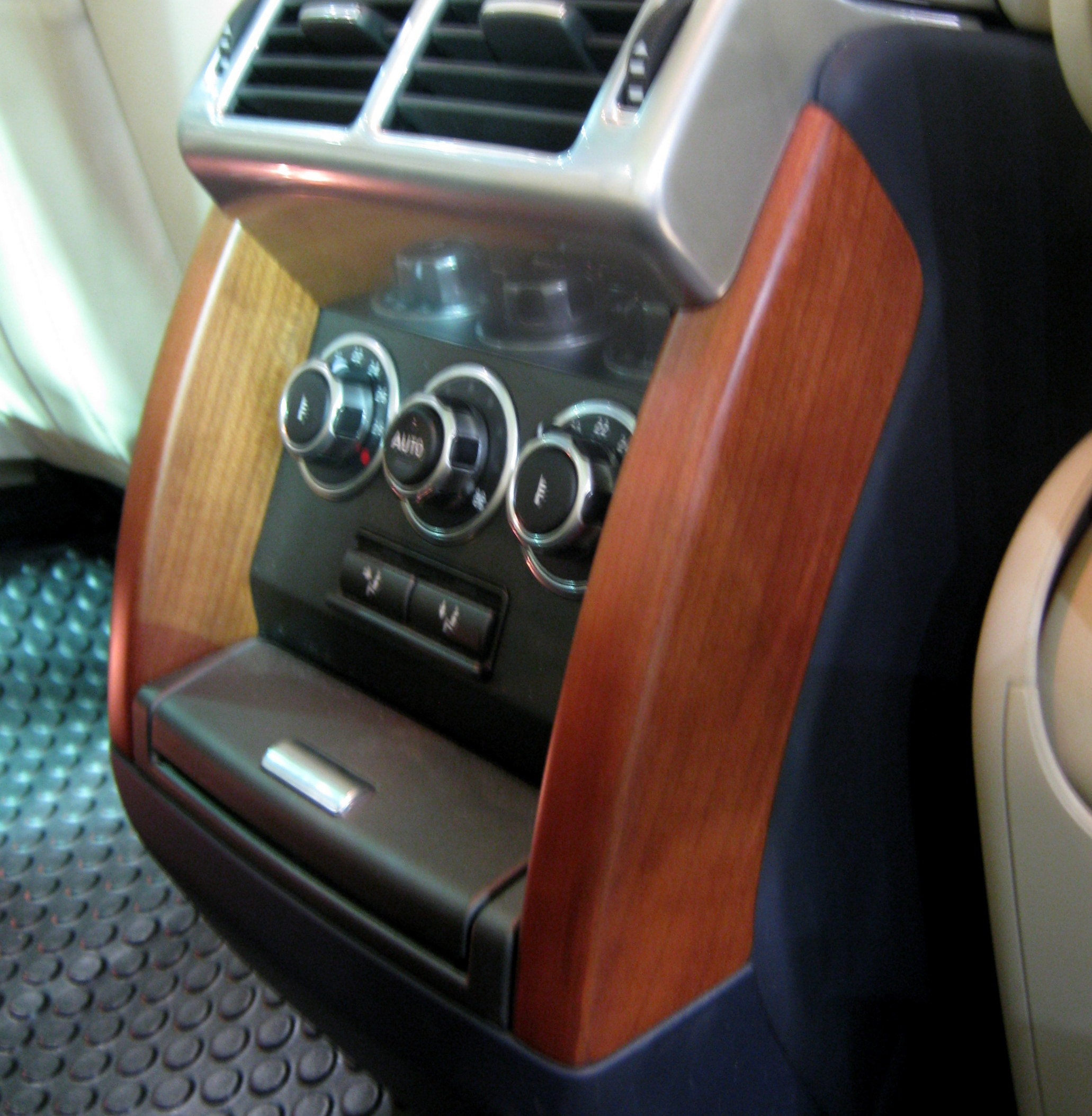 2002 Land Rover Range Rover Interior: Cherry Wood Rear Console Pillars For Range Rover L322 2006