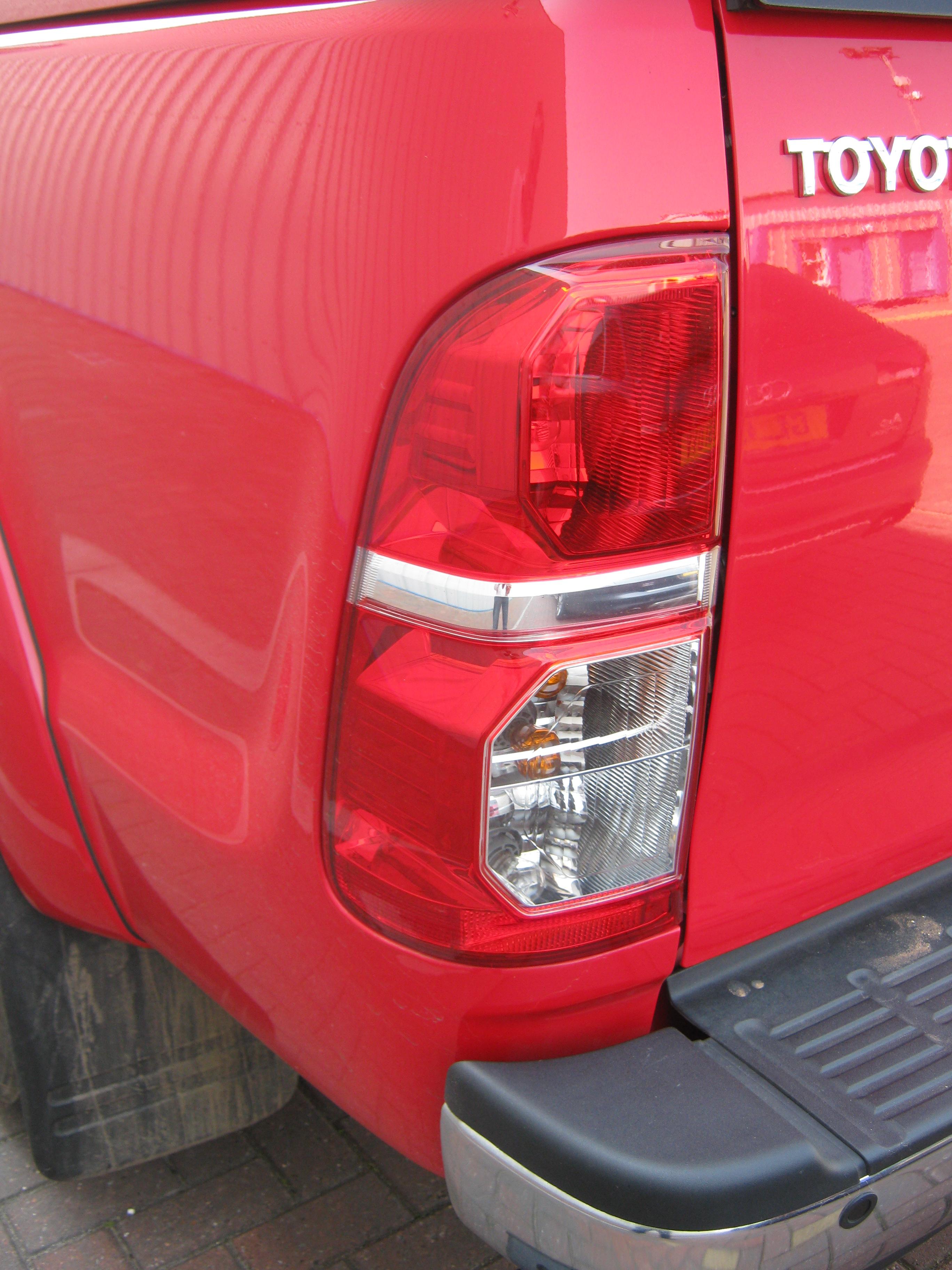 Feu arrière pour Toyota Hilux Mk7 VIGO PICKUP Tail Light RH 2011 style O//S No Fog