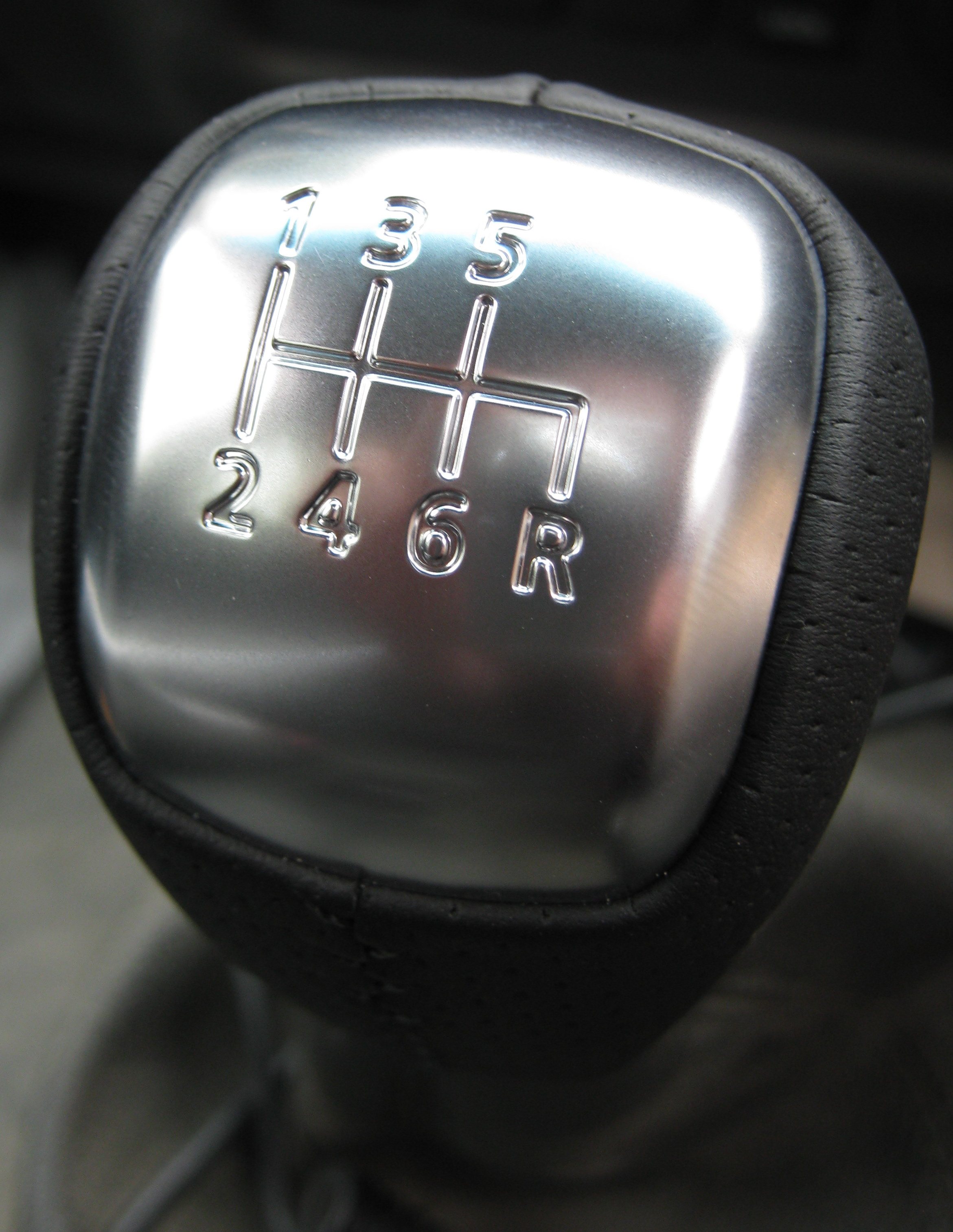 Leather Gear Knob For Nissan Pathfinder 6 Speed Manual