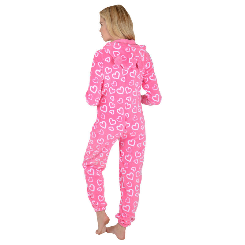 Shop our selection of sleepwear, from sleep shirts to onesies & robes, to find your favorite pjs to stay warm and cozy in this holiday season. Only at PINK.