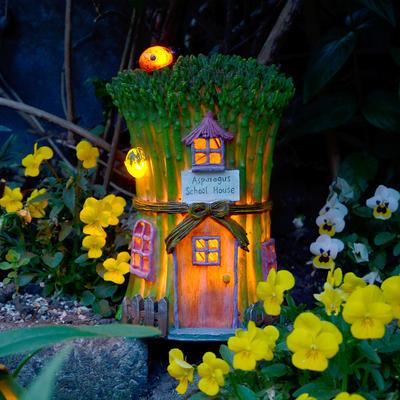 Solar Powered Asparagus School House LED Garden Ornament Patio Outdoor Light