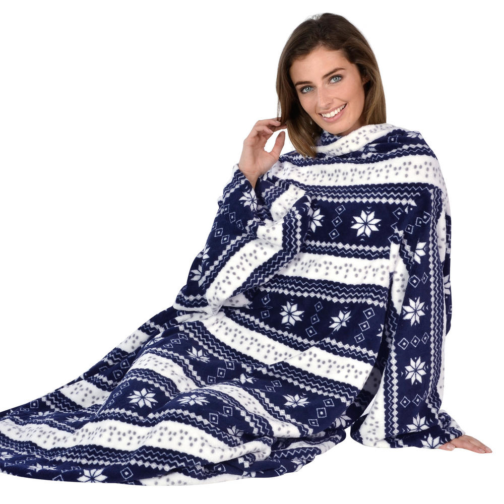 Snowflake Patterned Snuggle Blanket Cosy Fleece With Sleeves