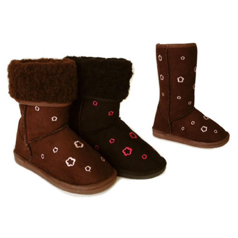 Wonderful If You Love The Short Boot, The Teva Womens W Nopal Mid WP Snow Boot Delivers The Same Style And Features, For A Slightly More Affordable Price If Your Main Winter Worries Are Rain And Mud Puddles,