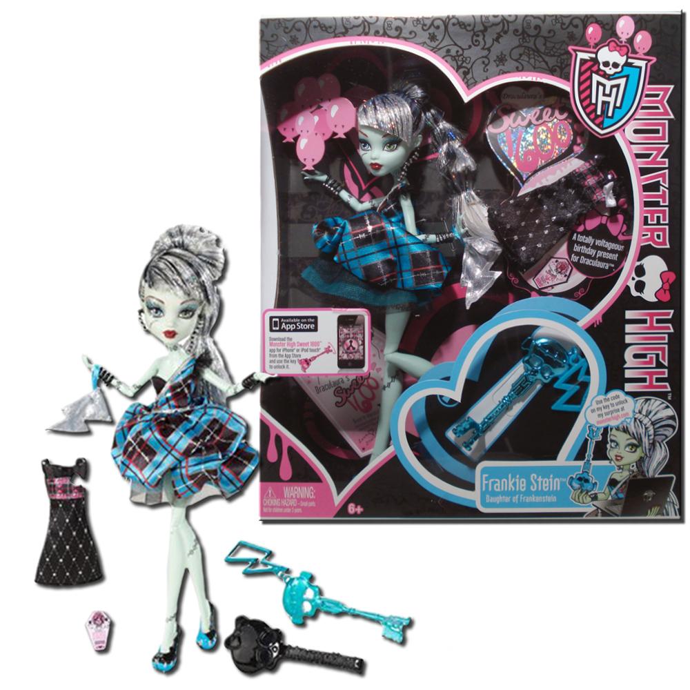 Monster High Draculaura\'s Sweet 1600 - Frankie Stein with Skeleton ...