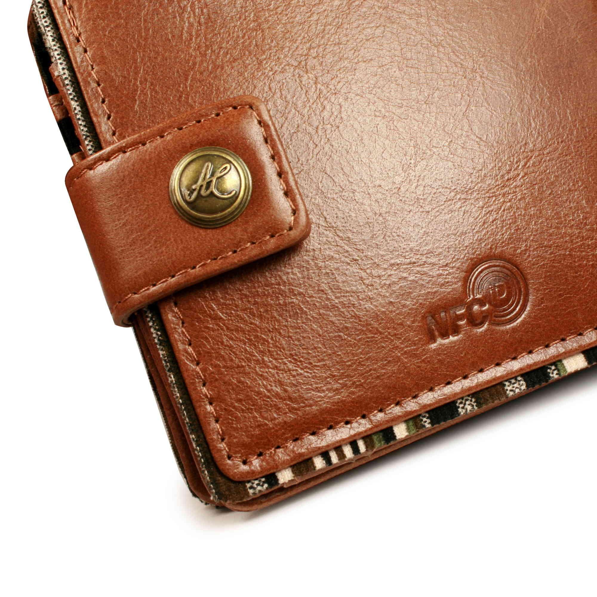 2bc8f1a4935bcc Sentinel Alston Craig Vintage Gen Leather RFID Blocking / NFC ID Mens Tec  wallet - Brown