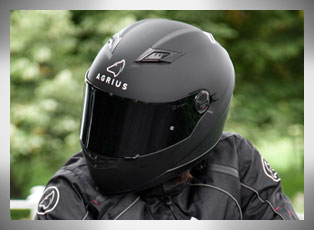 Motorcycle Helmets for Motorbike Riders
