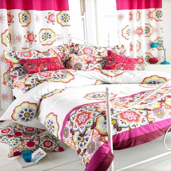 Paoletti Festival Indian Fl Cotton, Magenta Bedding Sets