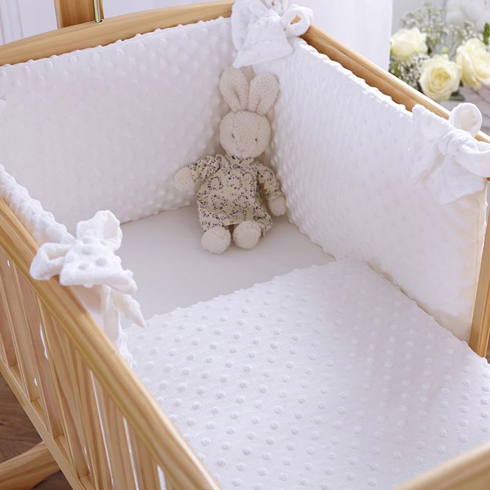 White 2pc Dimple Crib//Cradle Quilt /& Bumper Bedding Set