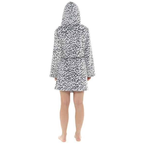 Foxbury-Women-039-s-Snow-Leopard-Print-Fleece-Hooded-Bath-Robe thumbnail 7