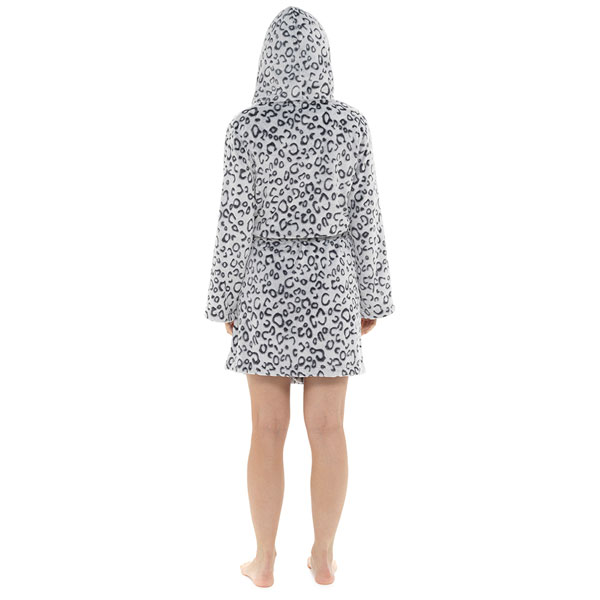 Foxbury-Women-039-s-Snow-Leopard-Print-Fleece-Hooded-Bath-Robe thumbnail 10