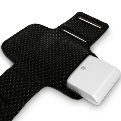 iGadgitz Reflective Anti-Slip Black Sports Jogging Gym Armband for Sony Walkman NWZ-A15 NWZ-A17 NW-A25 NW-A27 Thumbnail 3
