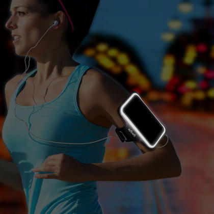 iGadgitz Reflective Sports Jogging Gym Armband for Samsung Galaxy A5 SM-A500F with Key Slot Thumbnail 3