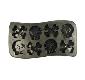 Bone Chillers Ice Cube Tray - Skull Shaped Ice Cubes Thumbnail 2