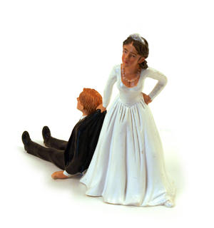 Reluctant Groom Cake Topper Thumbnail 2