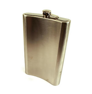 Giant Hip Flask - Holds Over 3 Pints! Thumbnail 4