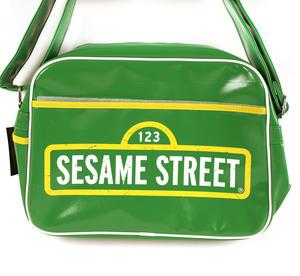 Sesame Street Flight Bag Thumbnail 3