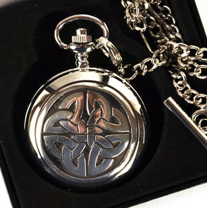 4 Triag Knot Celtic Pocket Watch Thumbnail 3