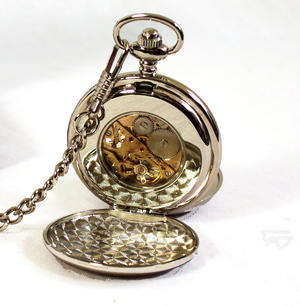 Gold Welsh Dragon Pocket Watch Thumbnail 3