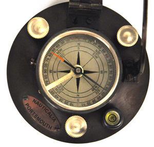 Ship's Sundial Compass - The Portsmouth Sundial Thumbnail 6