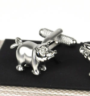 Cufflinks - Pigs Thumbnail 1