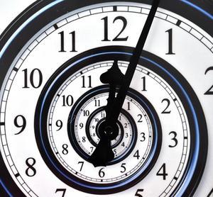 Infinite Spiral Wall Clock Thumbnail 2