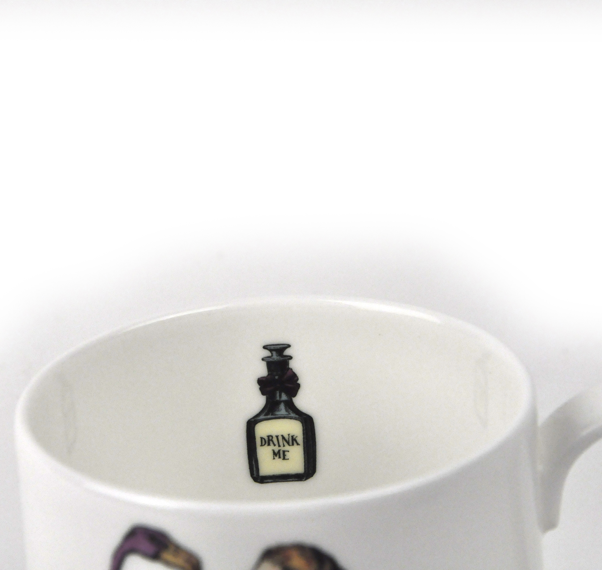 alice im wunderland feines porzellan alice tee tasse. Black Bedroom Furniture Sets. Home Design Ideas