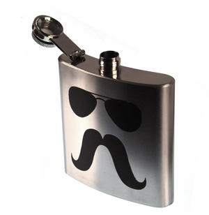 Zapata Moustache Hip Flask Thumbnail 2