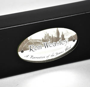 Harry Potter Replica Ron Weasley Wand Thumbnail 4