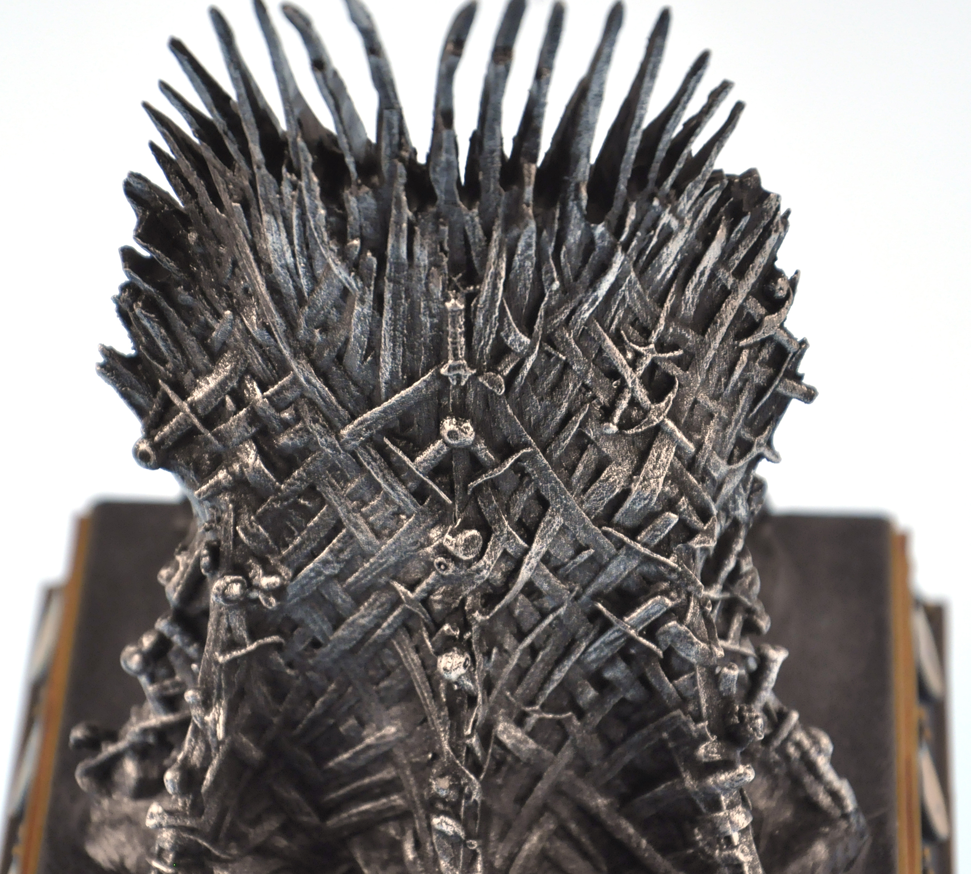 The Iron Throne The Game Of Thrones Replica Pink Cat Shop