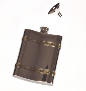 Celtic Knots Double Band Hip Flask Set - 6oz Thumbnail 3