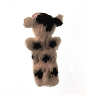 Cow - Handmade Finger Puppet from Peru Thumbnail 2